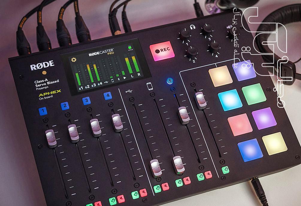 کنسول استودیو پادکست و رابط صدا